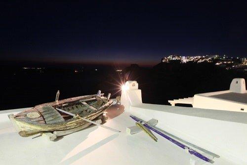 Santorini Fira boat